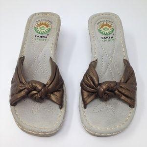 Earth Spirit Gelron 2000 Brown Gold 5.5 Sandals